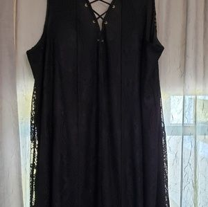 Soprano black lace dress
